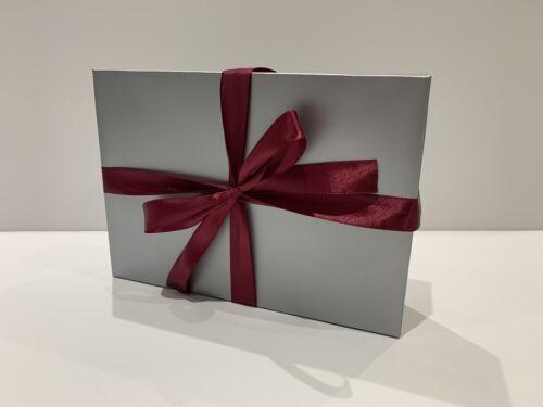 Silver Flat Pack 2 Pièce A5 Boîte Cadeau Avec Vin ruban rouge-St-Valentin