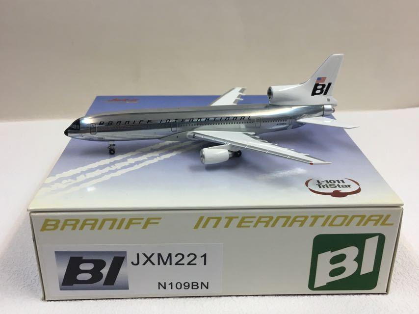 Jet-x 1 400 Braniff Internacional TriEstrella L-1011 Plata Jellybean JXM221 N109BN