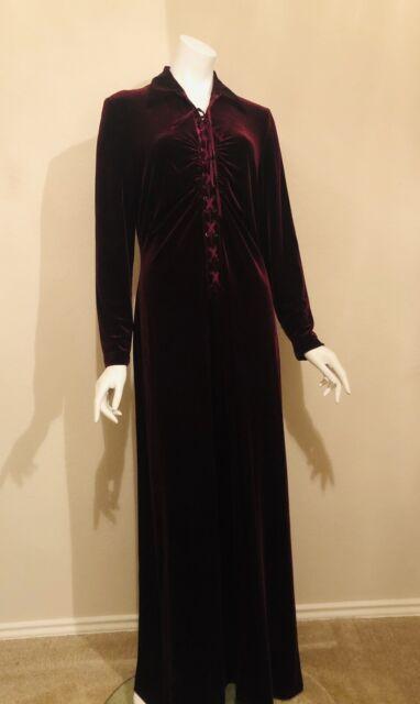 Haorugut Renaissance Costume Women Medieval Faire Costumes Velvet Irish Dress