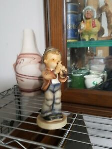 7-1-2-034-Goebel-Hummel-Figurine-85-2-Serenade-EUC-NO-BOX-Boy-Playing-Flute-TMK3