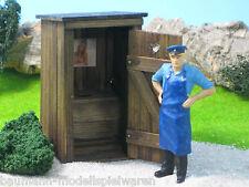 40903 - Toilettenhäuschen - Plumpsklosett im Maßstab 1:22,5