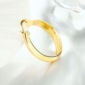 Eternity-Gold-Oval-Tube-Hoop-Earrings-in-14K-Gold