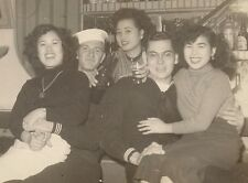 OLD VINTAGE KOREAN WAR PHOTO SASEBO JAPAN USN SAILORS & GIRLS AT I LOVE YOU BAR