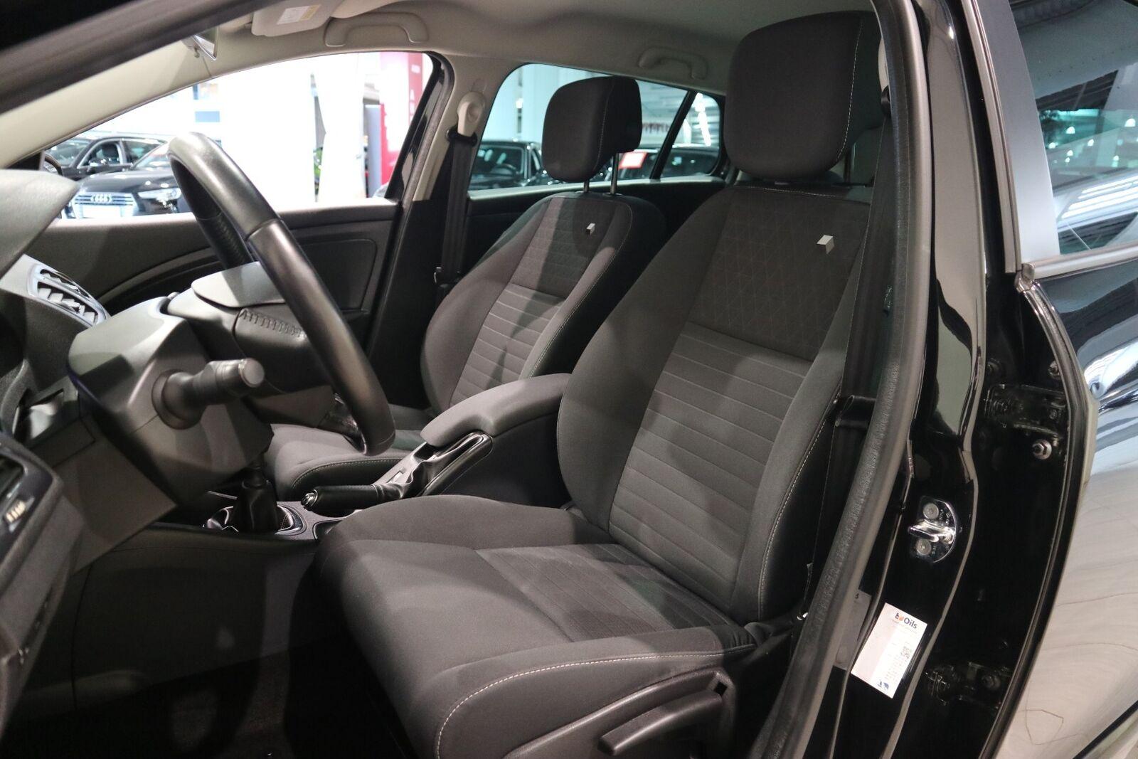 Renault Megane III 1,5 dCi 110 Expression Sport Tourer - billede 9