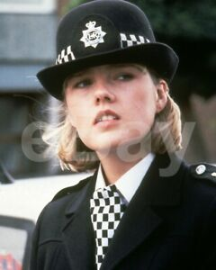 """The Bill (TV) Lisa Geoghan """"Polly Page"""" 10x8 Photo"""