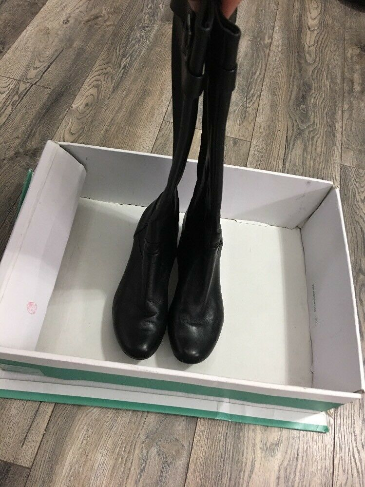 Clarks Knee High Ladies Black Leather Boots Size UK 4 D