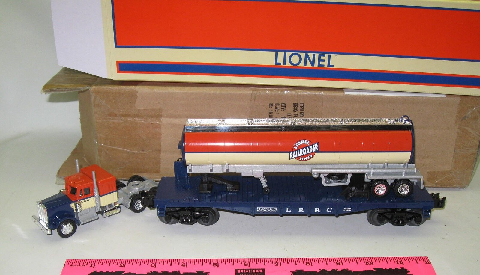 Lionel 6-26382 LRRC flatcar with tanker