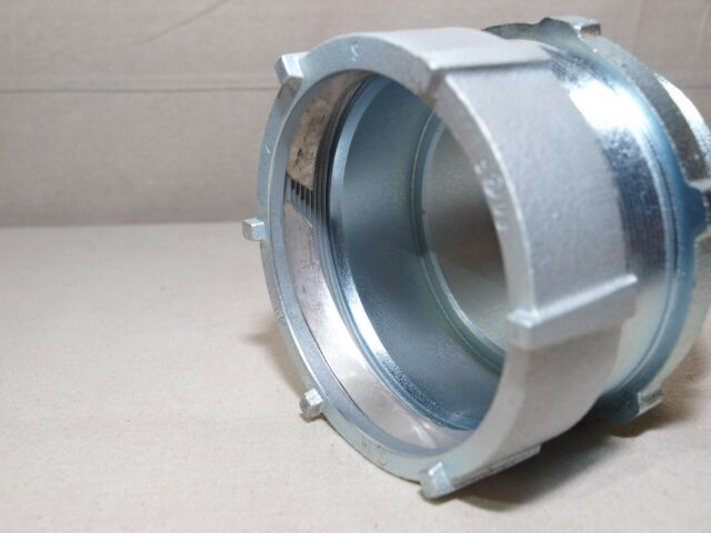 """QTY-10 653 COOPER COMPRESSION TYPE BOX CONNECTOR  1 1//4/"""" for thin wall conduit"""