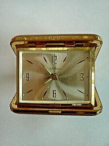Vintage-Seth-Thomas-Wind-Up-Brown-Clamshell-Alarm-Clock-Germany-WORKS-amp-GOOD