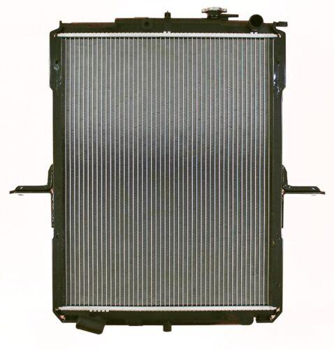 Radiator For 1999-2004 UD 1800CS 4.6L 6 Cyl DIESEL 2000 2001 2002 2003 8067407