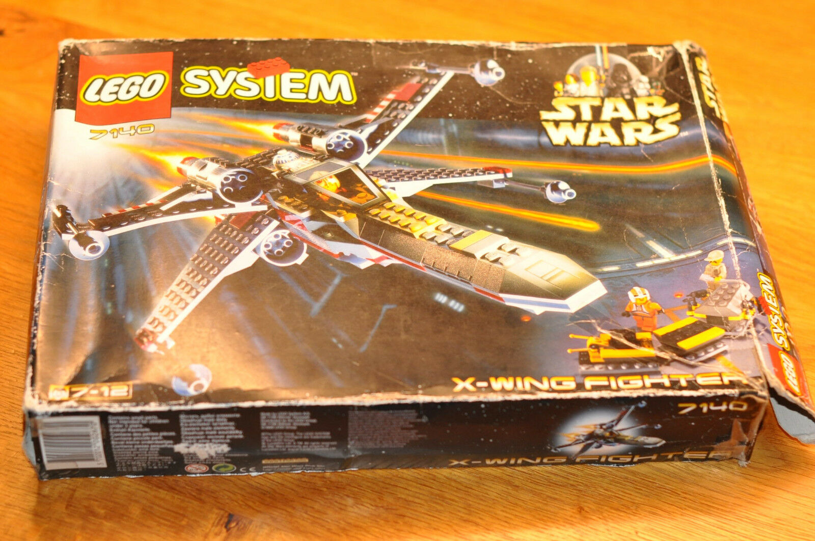 LEGO STAR WARS 7140 X-wing Fighter mit OVP + BA + 4 Figuren