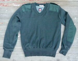 Blauer Gore Windstopper Mens Large Navy Green Police V Neck Wool Blend Sweater