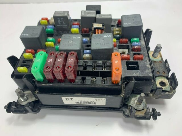 2002 gmc chevy 2500 3500 duramax fuse relay junction block box pn  15328827-03 dt for sale online  ebay