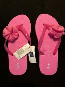 dc6c920a07a35c Image is loading NWT-Gapkids-Girls-Pink-Flower-Jeweled-Flip-Flops-