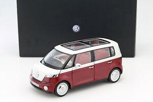 Volkswagen-VW-Bulli-Concept-Car-2011-rot-1-18-Norev