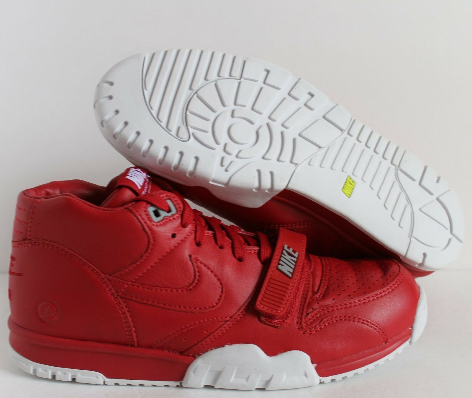 NIKE AIR TRAINER 1 MID SP/FRAGMENT GYM RED RED OCTOBER SZ 9.5  [806942-661]
