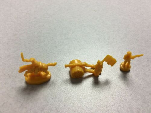 GOLD CAVALRY OFFICER REPLACEMENT ARMY PIECES 2010 RISK BOARD GAME