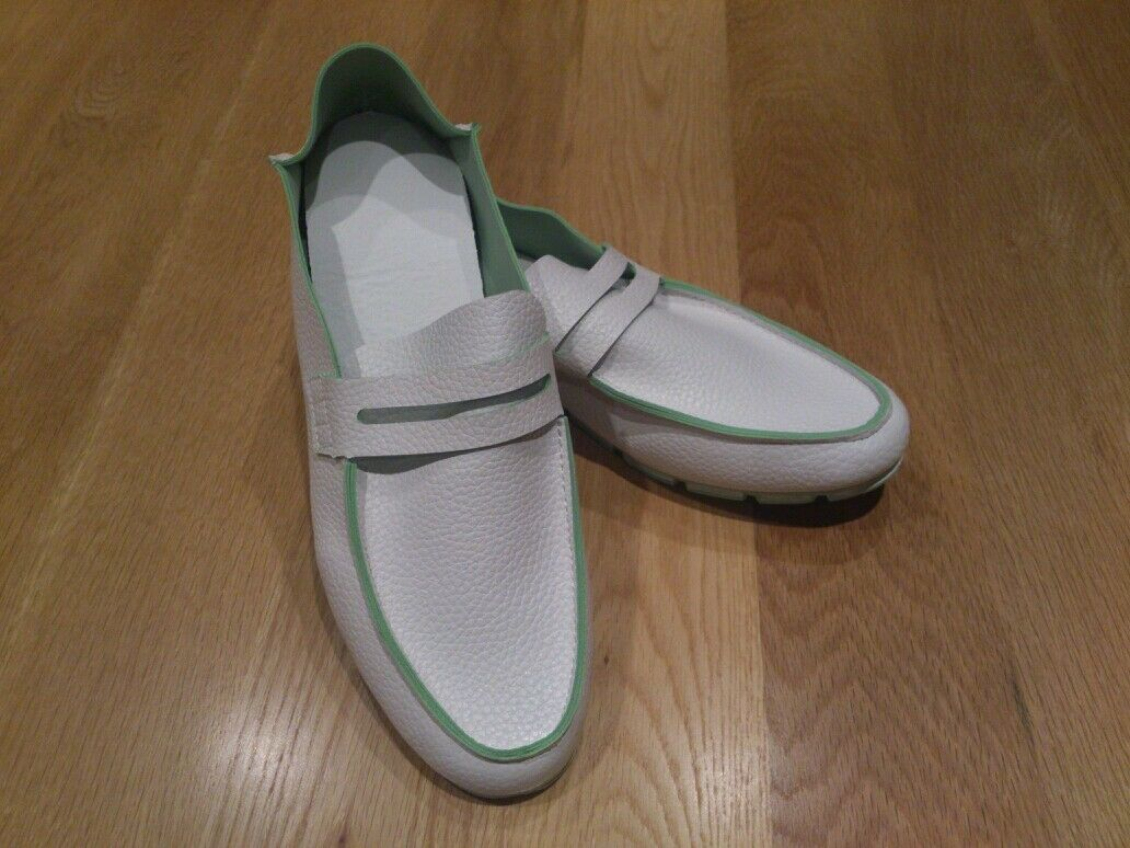 Mens light loafers size 7 (41) white & green