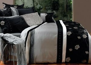 6-Pce-Paxton-amp-Wiggin-BALMORAL-Faux-Sil-Black-Silver-QUEEN-Quilt-Doona-Cover-Set