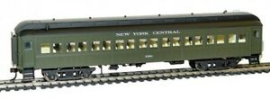 Rivarossi-New-York-Central-60ft-Coach-2350-HO-Scale-Train-Car-HR4201