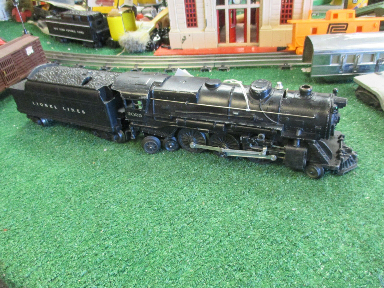 LIONEL POST WAR 2025 DIE CAST 2-6-4 STEAMER W 6466W TENDER VG + ORIG COND  1952