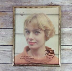 NOS-Vintage-Regal-Frames-Picture-Frame-Thin-Gold-Tone-Metal-8x10-Style-4002