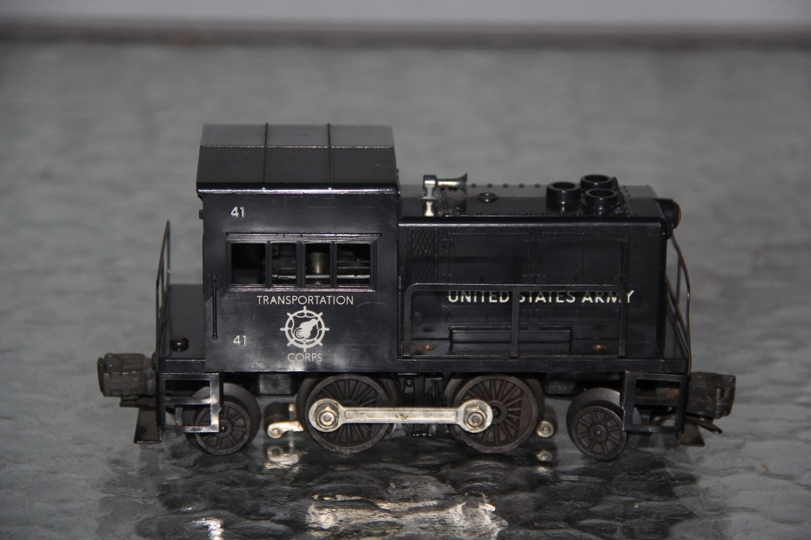 LIONEL NO. 41 US ARMY TRANSPORTATION CORP SWITCHER 1