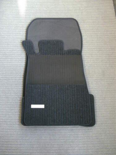 Emblem NEU $$$ Maß $$$ Rips Fußmatten für Mercedes Benz CLK W208 A208 AMG