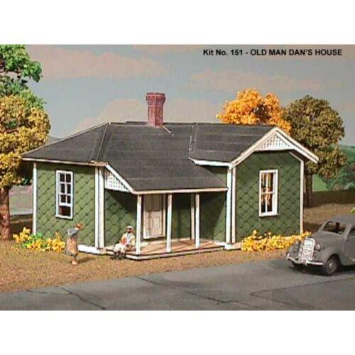 HO Scale Kit Old Man Dans House American Model Builders 151