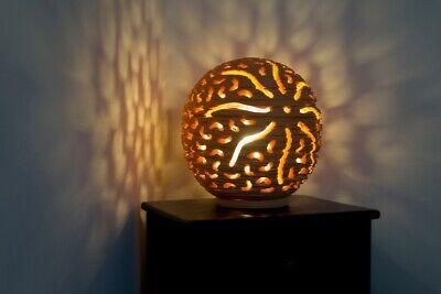 Lampada Da Tavolo Artigianale Traforata In Pietra Leccese Diametro 30 Cm Ebay