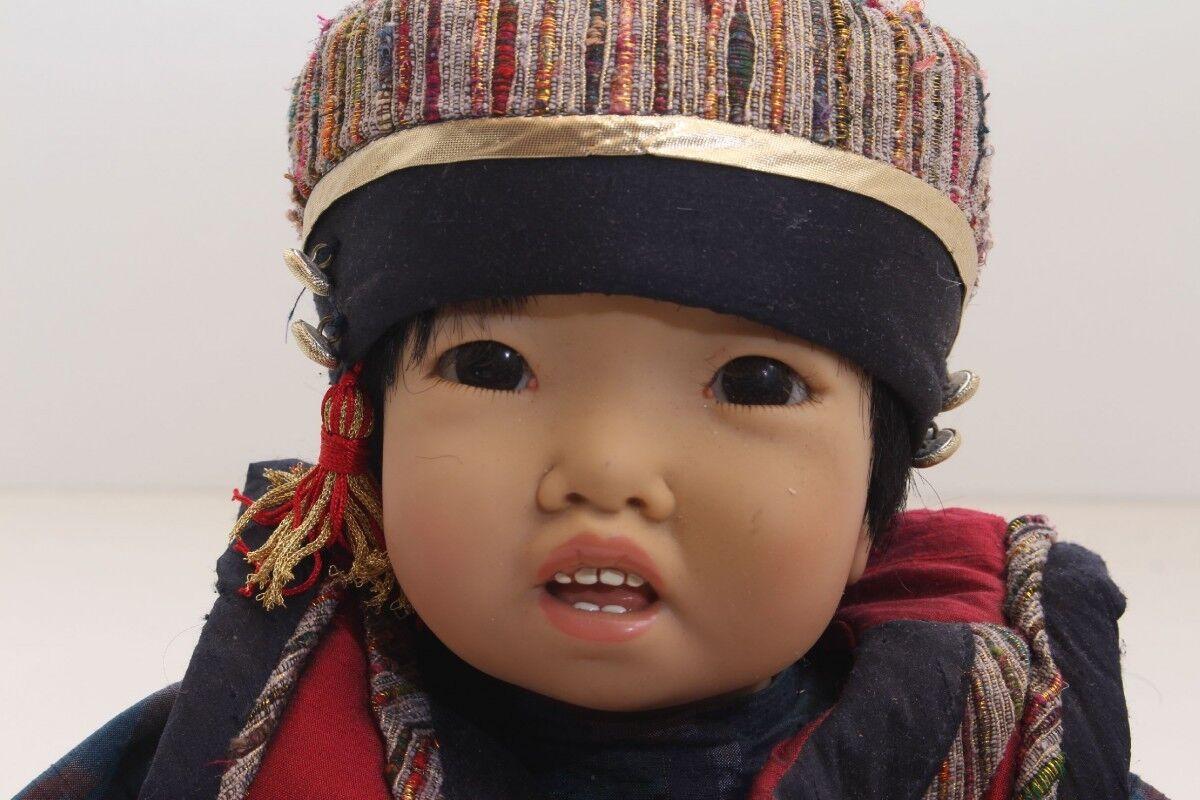 Niño de la Muñeca Colección Carin Lossnitzer Mongole Firmado Raro Yanuk