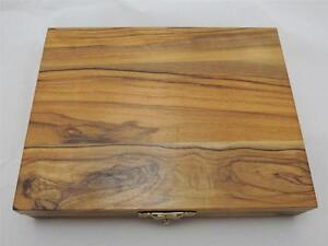 Ornamental-Olive-Wood-Box-for-3-Coins-30-37-37mm-Size