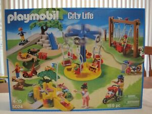 PLAYMOBIL-5024-CITY-LIFE-PLAYGROUND-NEW-FACTORY-SEALED