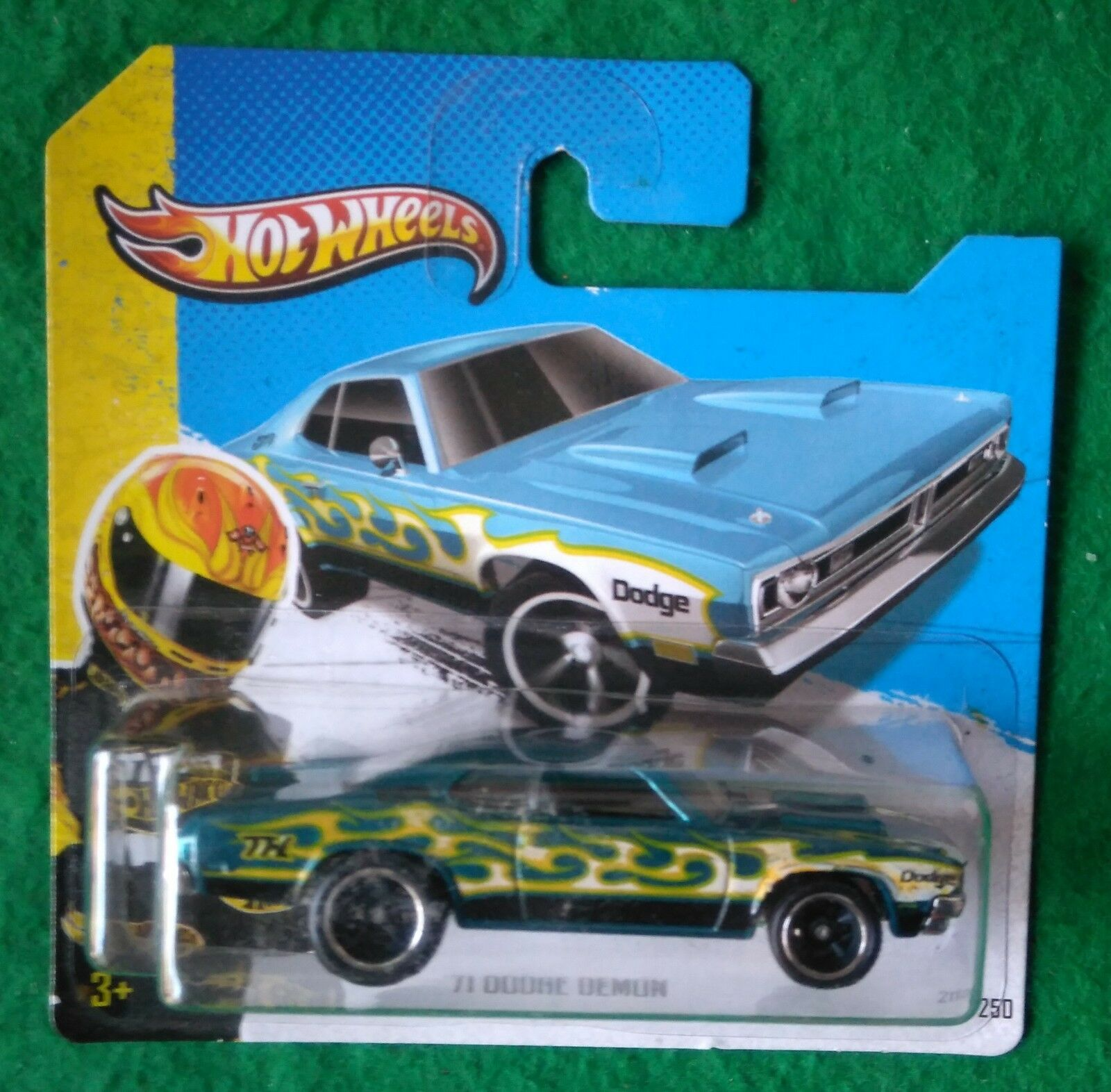 Hot Wheels 2013 SUPER TREASURE HUNT 71 DODGE DEMON UE shortcard T HUNT RR RARE