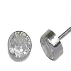 004-Round-White-Cubic-Zirconia-Stud-Earrings-for-Pierced-Ears-5mm-Round-Stone