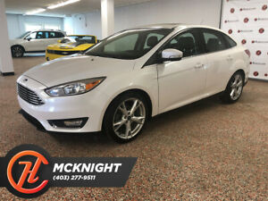 2015 Ford Focus Bluetooth/Leather/Back Up Cam/Sunroof/Heated Seats