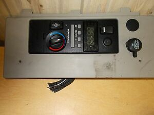 Volvo 20809974 Sleeper Climate Control Panel w// Clock *FREE SHIPPING*