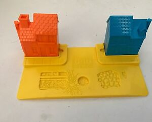 Bob-the-Builder-Play-Doh-Play-Set-House-Mold-Wendy