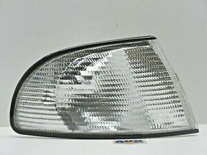 Blinker-Blinkleuchte-rechts-weiss-Anschluss-Bosch-Neuteil-Audi-A4-8D2-B5