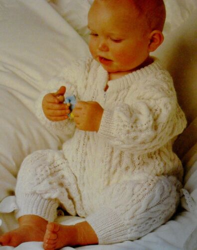 "#48 Baby Boy Girl DK Cable Style All-in-One 18-20/"" 46-51cm Vint Knitting Pattern"