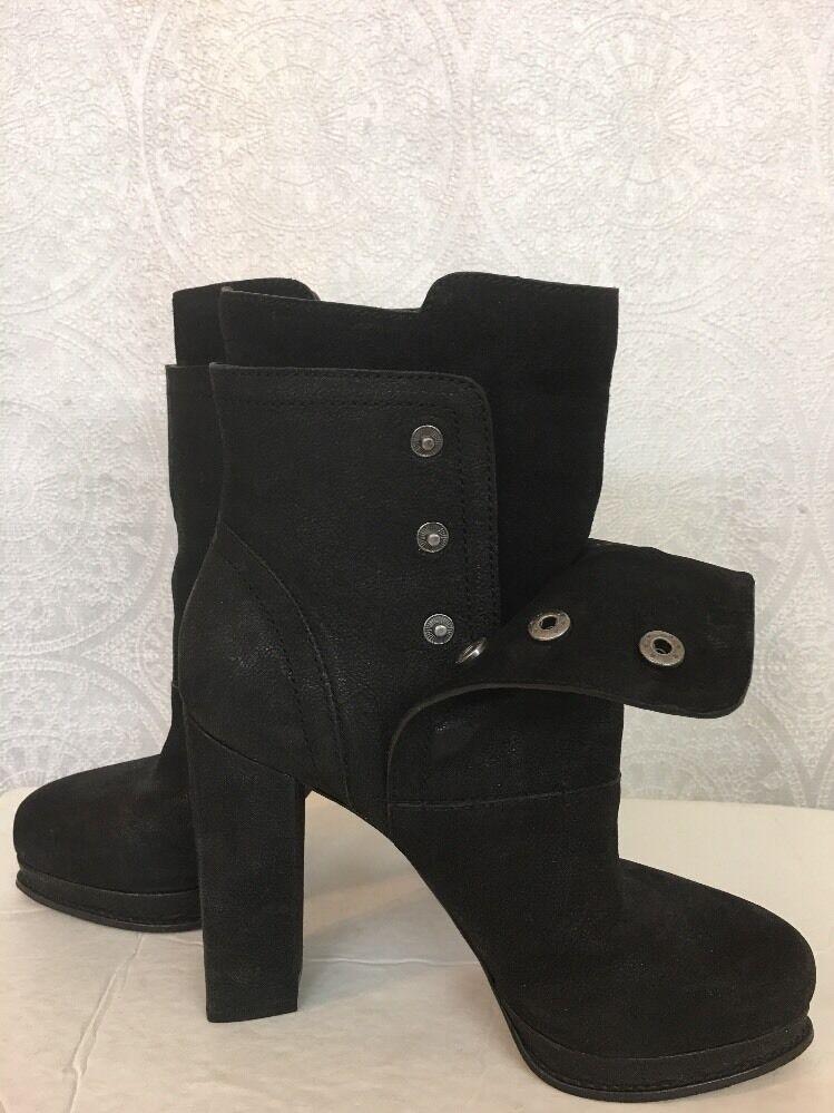 Vera Wang Short Boot Black Snap Up Fold Over Size 7 1/2