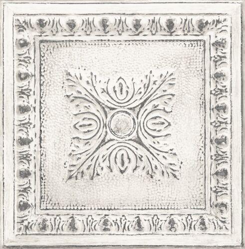 Tin Tin Ornamental Tin Ceiling Look Wallpaper White//Gilver