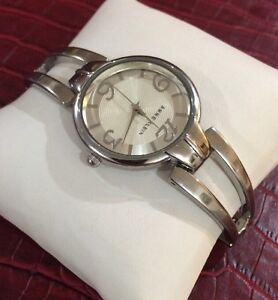 beautiful stainless steel anne klein ladies watch y121e