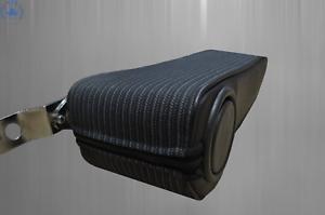 schwarz Code 051 Mittelarmlehne für Mercedes W123 Stoff