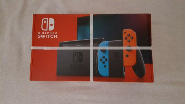 Nintendo Switch con Joy-Con 2019 Rosso e Blu con scontrino 30/06/2020