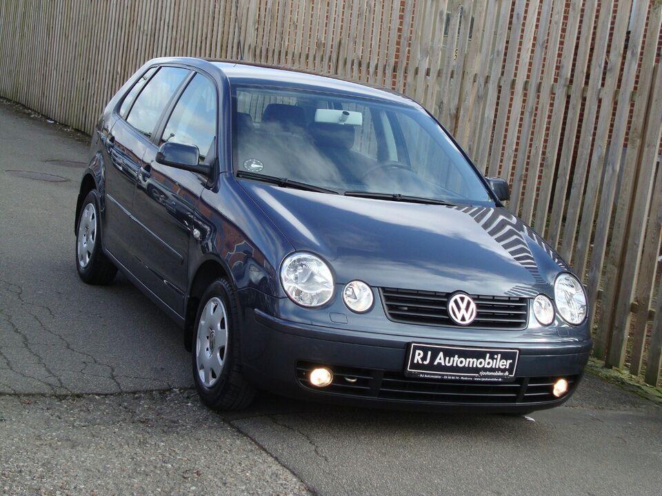 VW Polo 1,4 75 aut. Benzin aut. Automatgear modelår 2004 km
