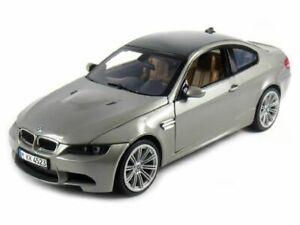 BMW-M3-Coupe-Silver-Classic-Metal-Model-Car-Motormax-1-24