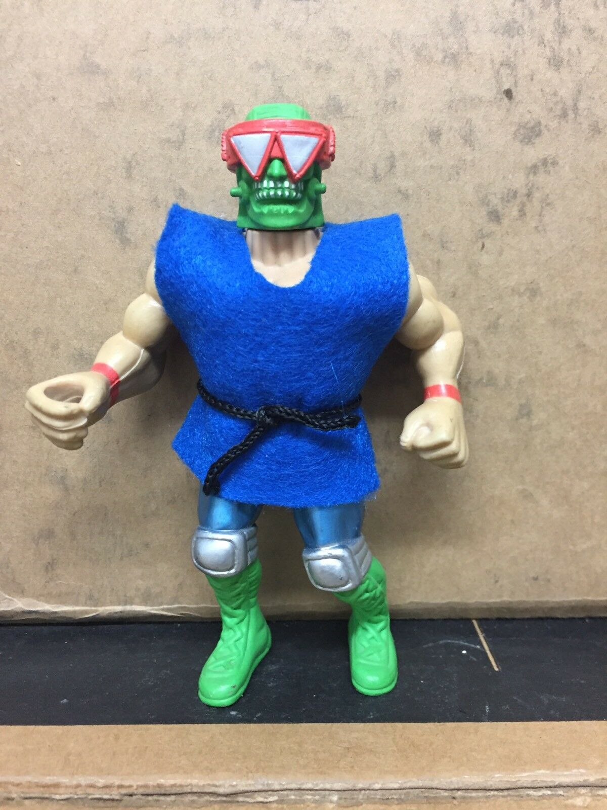 RARE Mannix Masters Of The Fighters Galaxy Warriors Remco MOTU  4