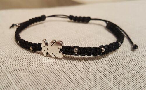 Pulsera oso osito de color plata hilo negro
