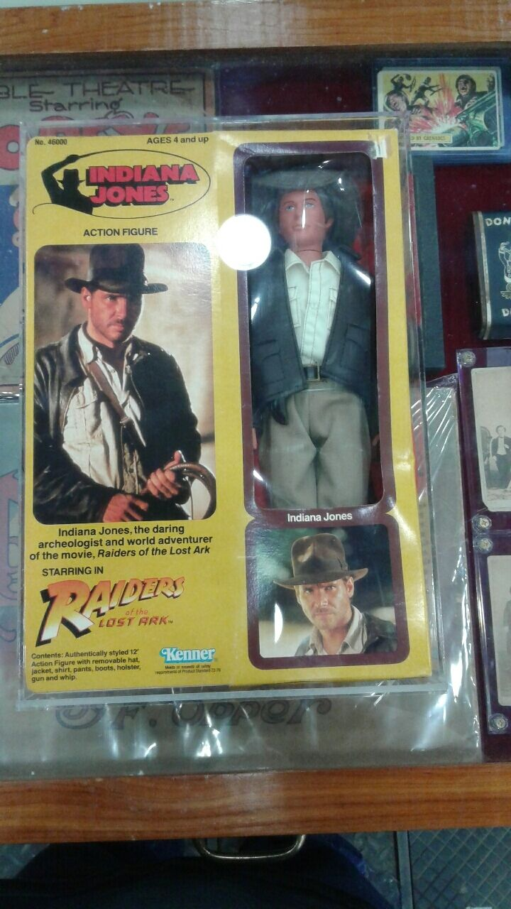 KENNER INDIANA JONES FIGURE & CASE THIS SALE IS FOR ACRYLIC CASES ONLY NO TOYS